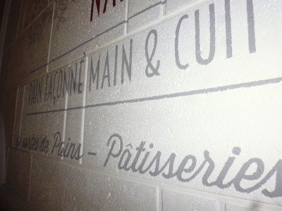 fresque peinte sur du staff